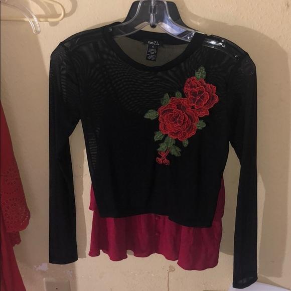 idk Tops - Black rose top